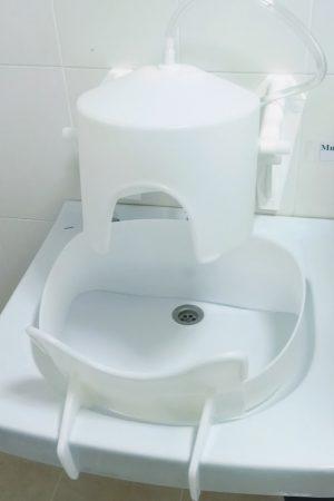 Насадка – «Каска» из полиэтилена для орошения головы минеральной водой